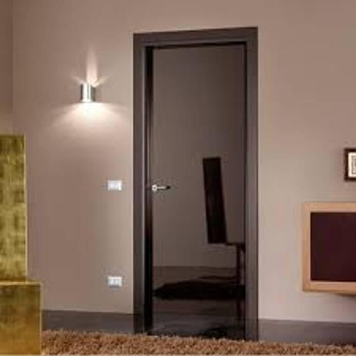 Puertas interiores de estilo  por ГЕОНА.