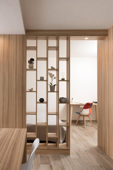 Chez Sophie et Philippe: Salon de style  par Camille BASSE, Architecte d'intérieur