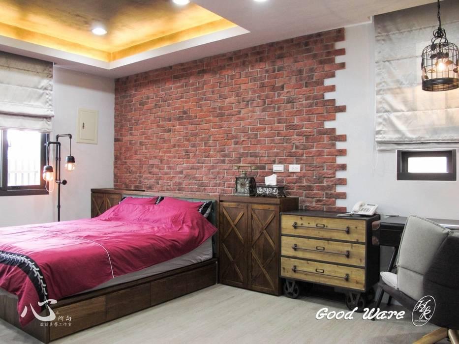 Chambre de style  par 台中室內設計裝修 心之所向設計美學工作室, Éclectique