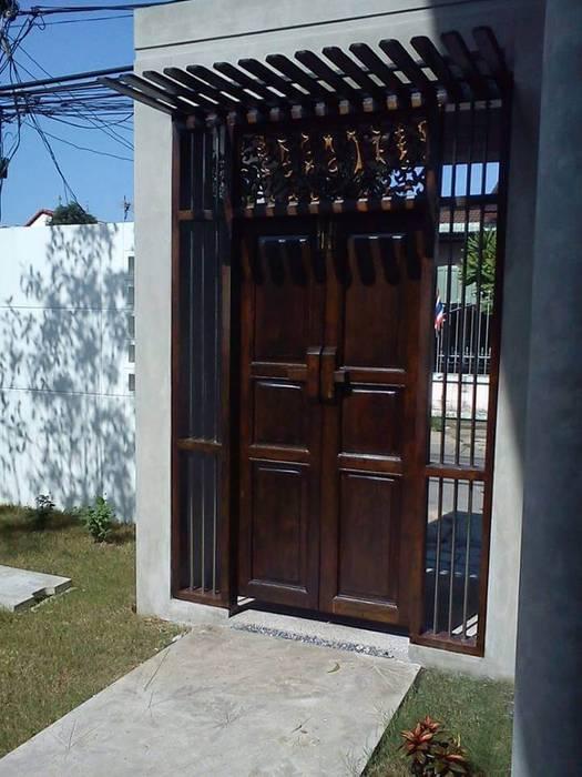 House:  Doors by UpMedio Design