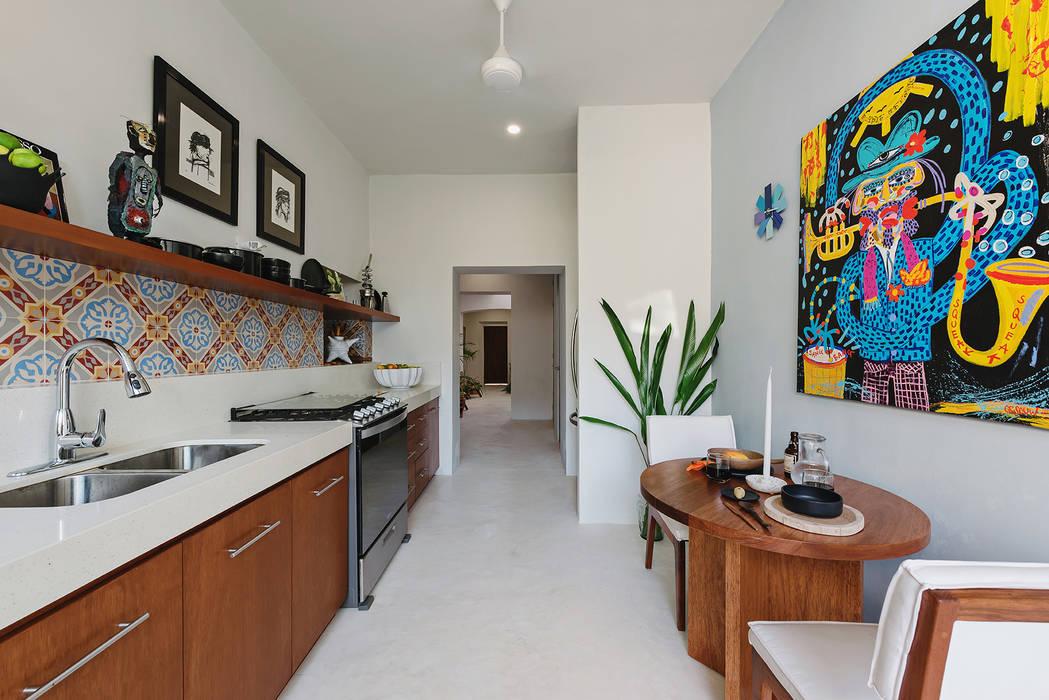 Casa Picasso por Workshop Diseño y Construcción en Mérida: Cocinas pequeñas de estilo  por Workshop, diseño y construcción, Moderno
