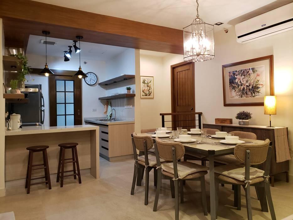 Rustic Retreat:  Dining room by Geraldine Oliva, Rustic
