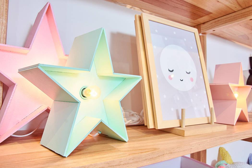 Decoración infantil:  de estilo  por Minihaus Kids,Moderno Derivados de madera Transparente
