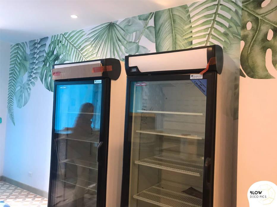 Cafetería Barra Alquimia: Paredes de estilo  por Blow Deco Pics , Tropical