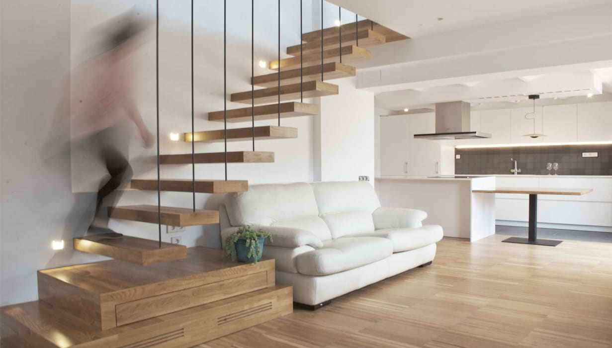Sala de estar: Escaleras de estilo  de MANGRANA arquitectes
