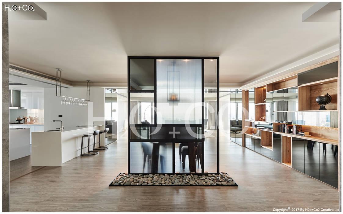 玄關 光合作用設計有限公司 現代風玄關、走廊與階梯