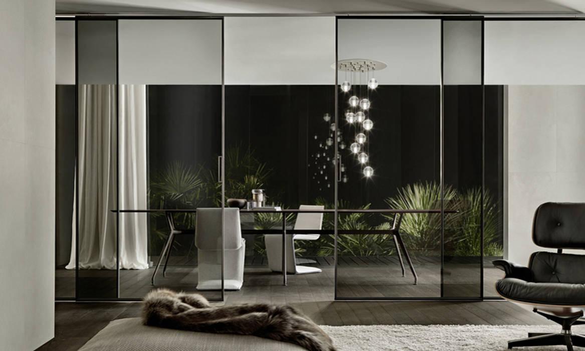 RImadesio velaria schuifdeuren geborsteld aluminium en grijs transparant glas:  Schuifdeuren door Noctum
