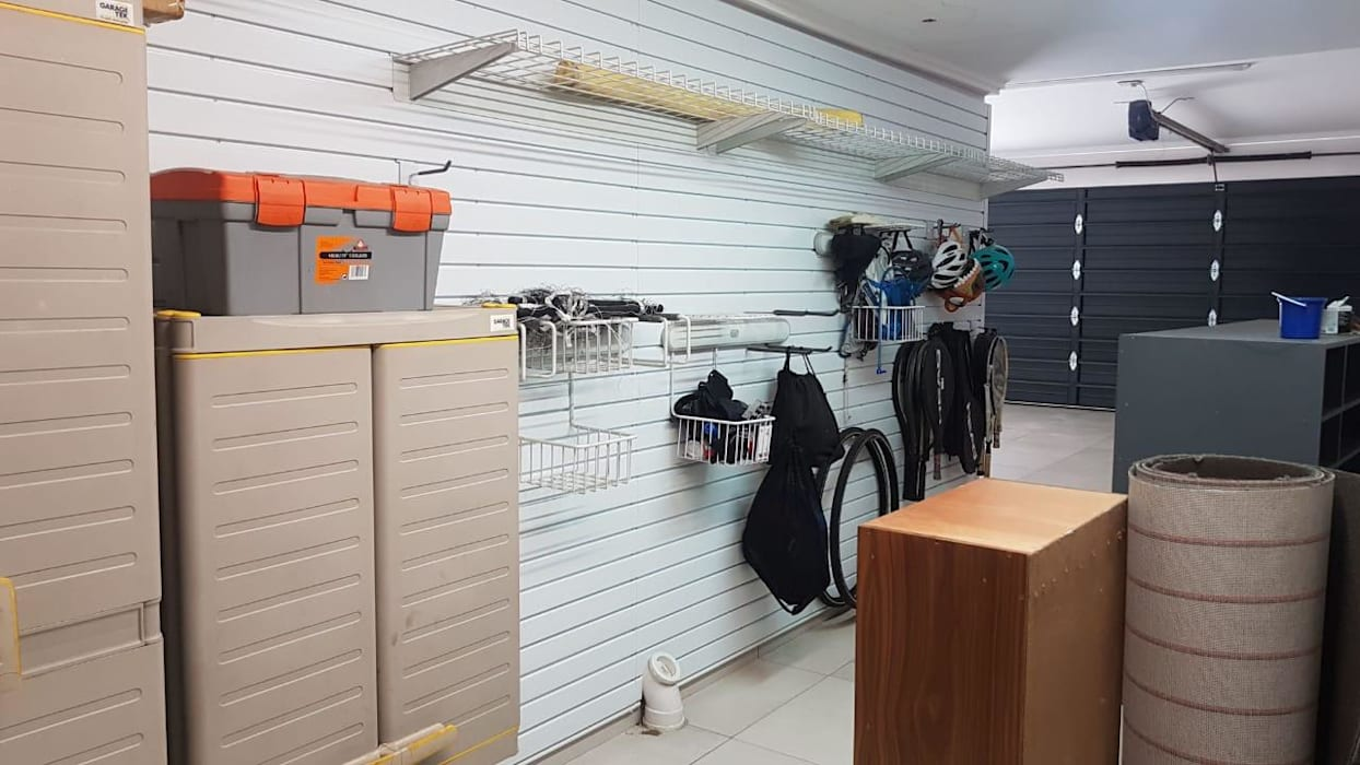 Garage Storage Solutions - South Africa:  Garage/shed by MyGarage