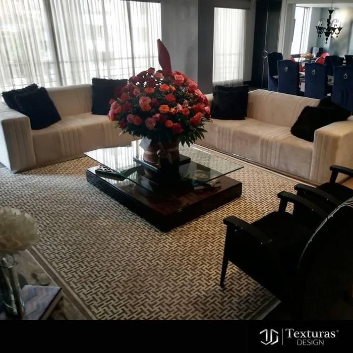 sala Luxury: Salas de estilo  por Texturas Design