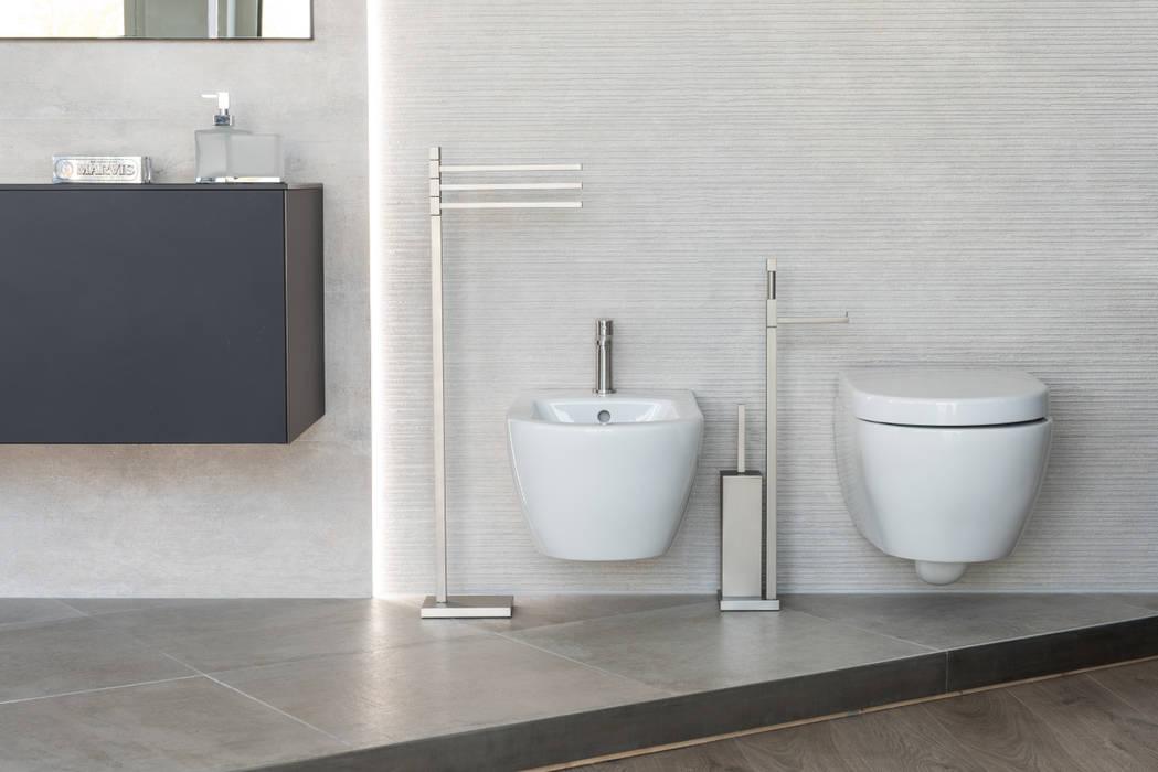 Piantane da bagno multi funzione con base salvaspazio: Bagno in stile  di Idearredobagno.it, Moderno Rame / Bronzo / Ottone
