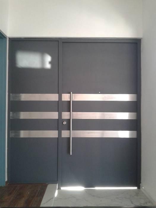 Herrería CHS Front doors Grey
