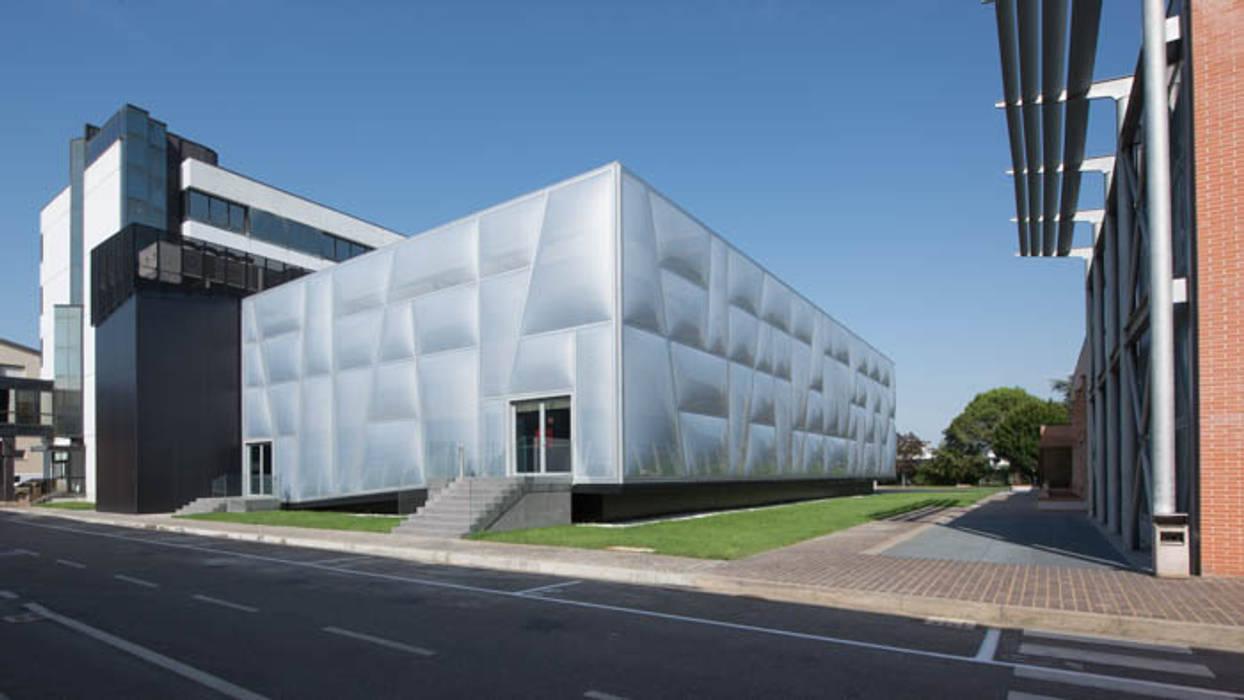 Conference Centres by  a2 Studio Gasparri e Ricci Bitti Architetti associati ,