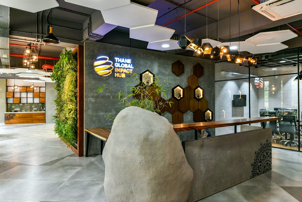 Coworking & Incubation Center - Thane Impact Global Hub:  Corridor & hallway by Dezinebox,