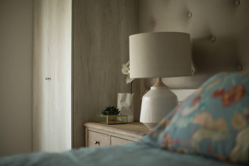 Dormitorio Abuela. Después: Recámaras pequeñas de estilo  por Soma & Croma