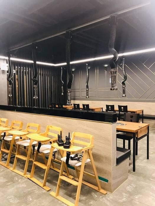 침산동 음식점 인테리어: 더톡디자인(The talk design)의 현대 ,모던
