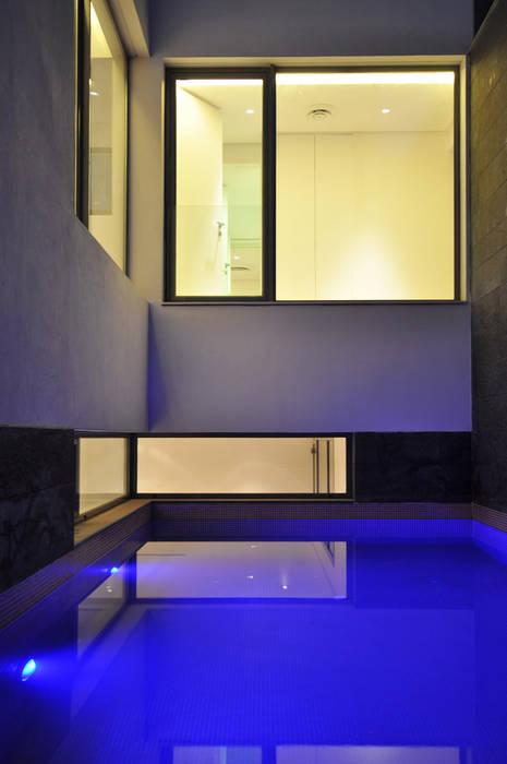 โดย AGi architects arquitectos y diseñadores en Madrid มินิมัล