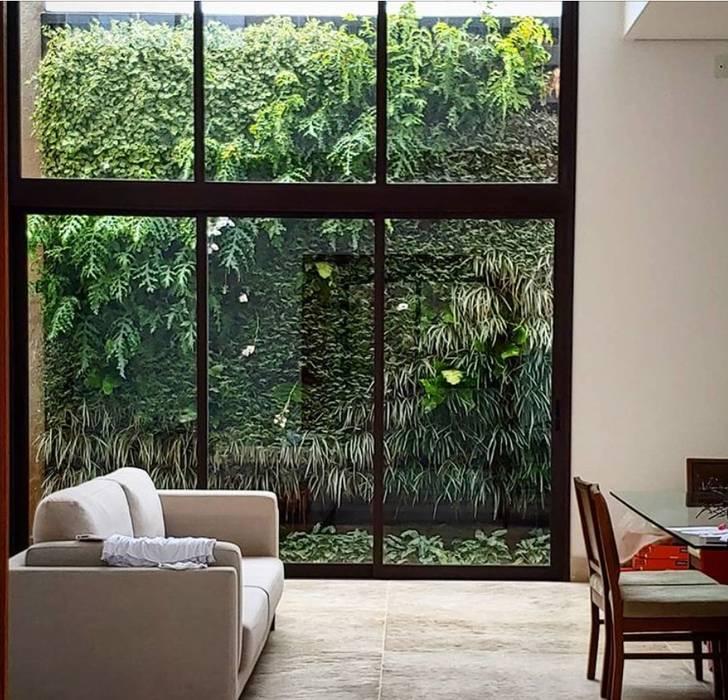 Jardim Verical por Marcelo Marttins Arquitetura Paisagística Tropical