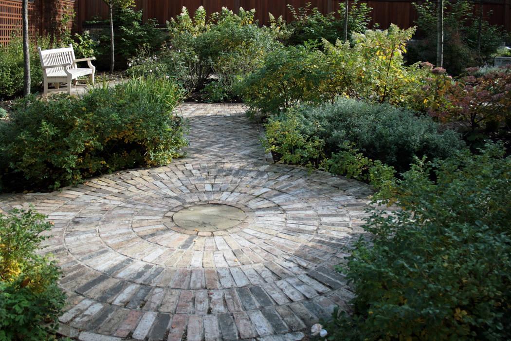 Klassischer Garten von ООО GeoGraffiti Klassisch
