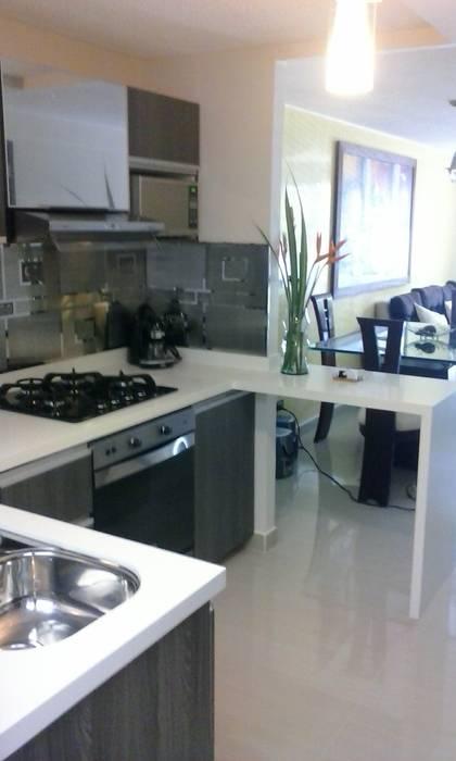 Remodelacion Cocina Integral Conjunto residencial Andalucia - Pereira de C&G Arte y Decoracion Moderno