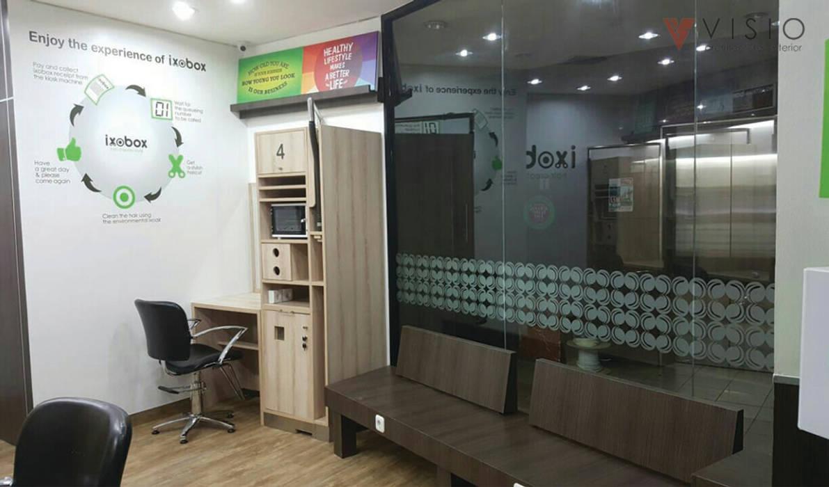 IXOBOX Barbershop: Ruang Kerja oleh PT VISIO GEMILANG ABADI, Modern Kayu Lapis