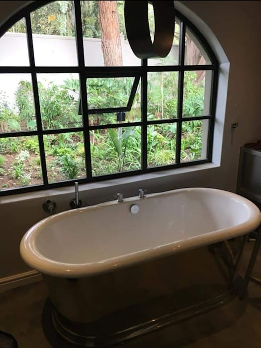 Modern bathroom by Beton Haus (PTY) LTD Modern