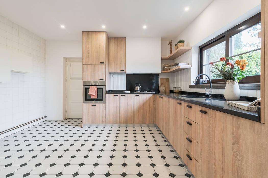 Reabilitação de cozinha por Rima Design Mediterrânico