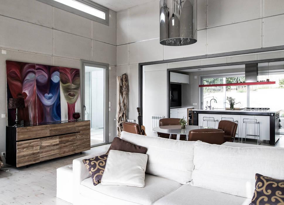 Vivienda Eco Tarifa: Livings de estilo  por INFINISKI, Industrial