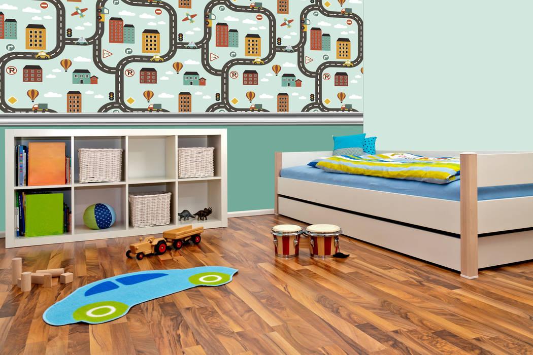 Papel tapiz personalizado en recámara niñas.: Recámaras para niños de estilo  por Kromart Wallcoverings - Papel Tapiz Personalizado