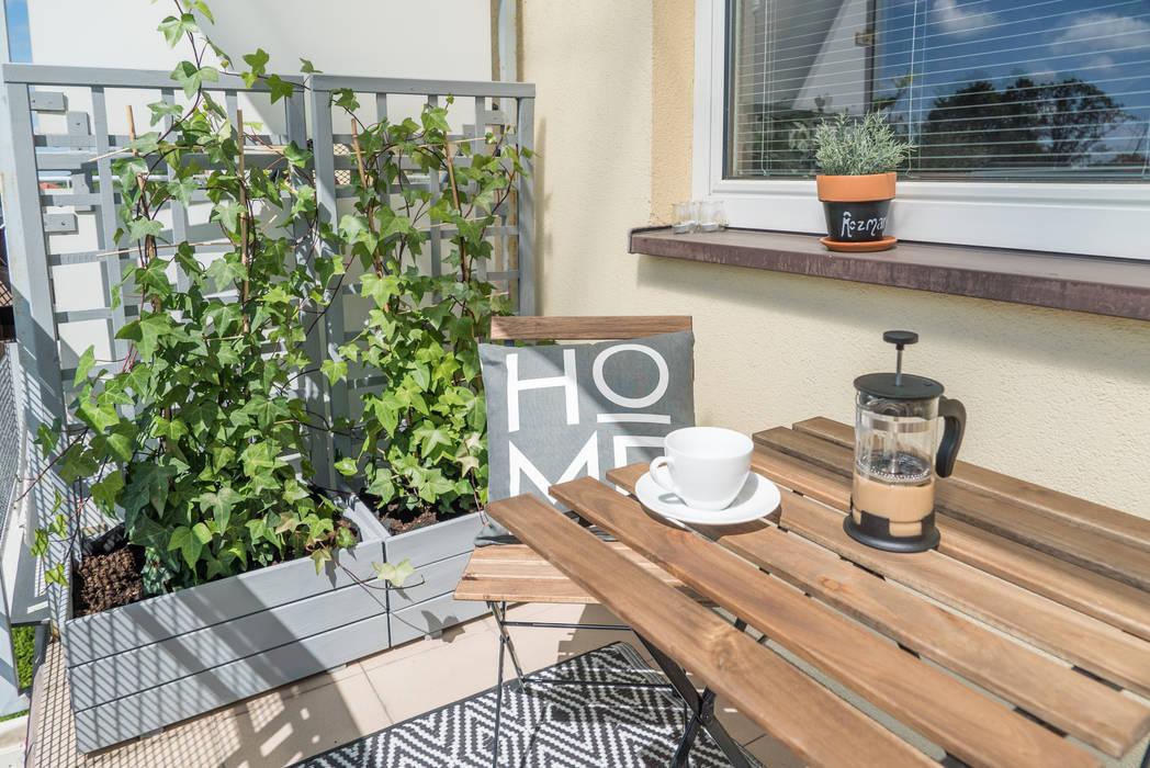 Balcón de estilo  de Miejskie Ziele, Moderno