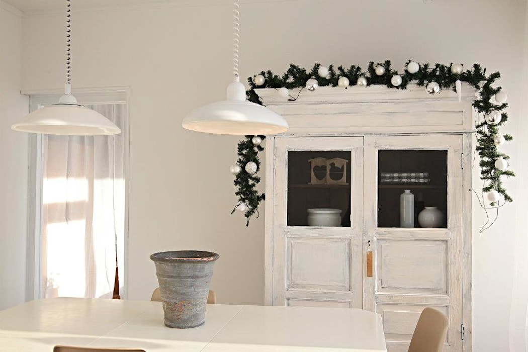 Dining room by Whitehouse decorations