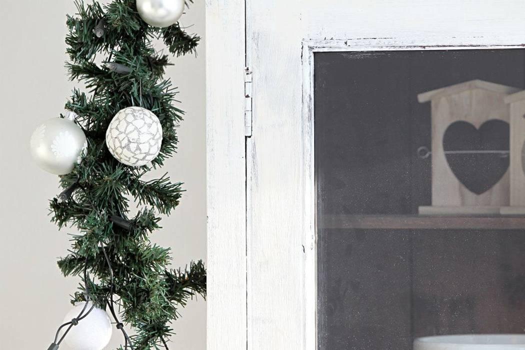 Salas de estilo rústico de Whitehouse decorations Rústico