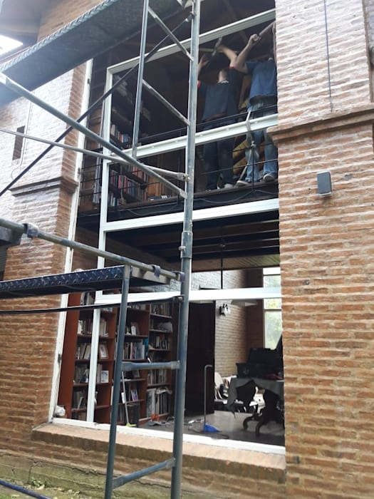 Shutters by Constructora del Este
