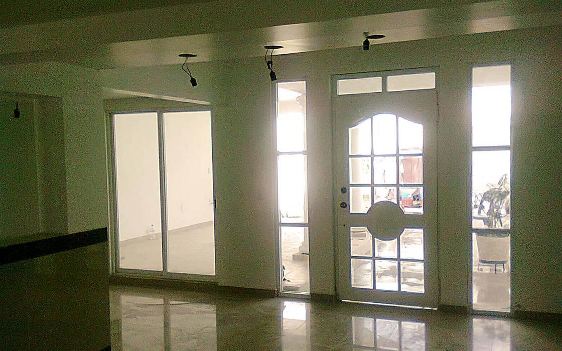 Pintu oleh J+R | Arquitectos, Klasik Beton Bertulang