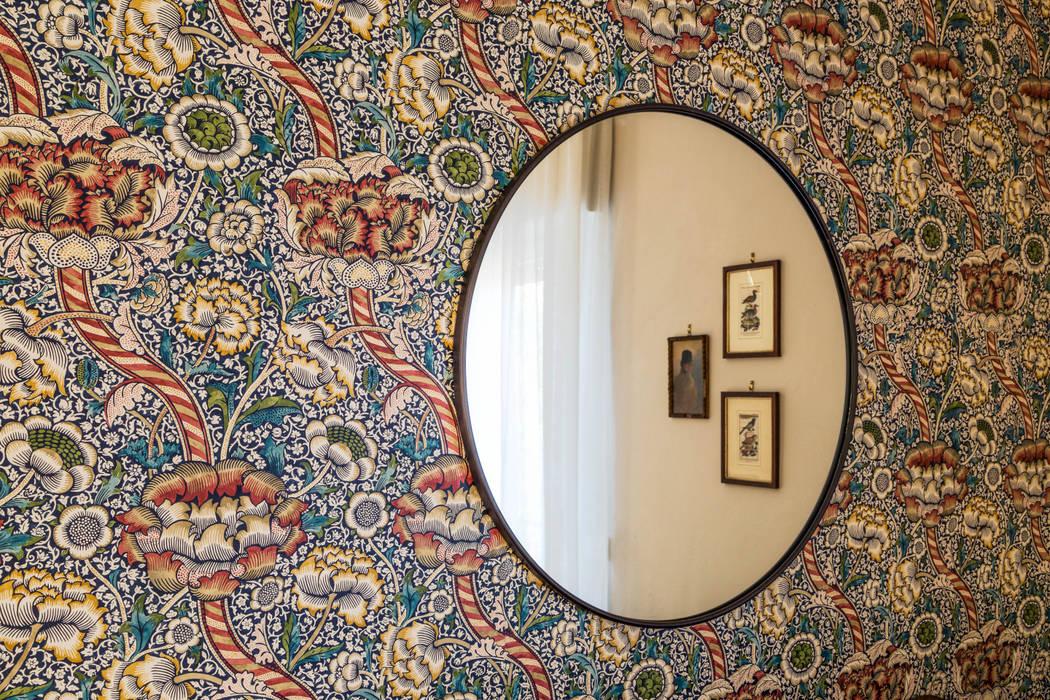 现代客厅設計點子、靈感 & 圖片 根據 Rifò 現代風