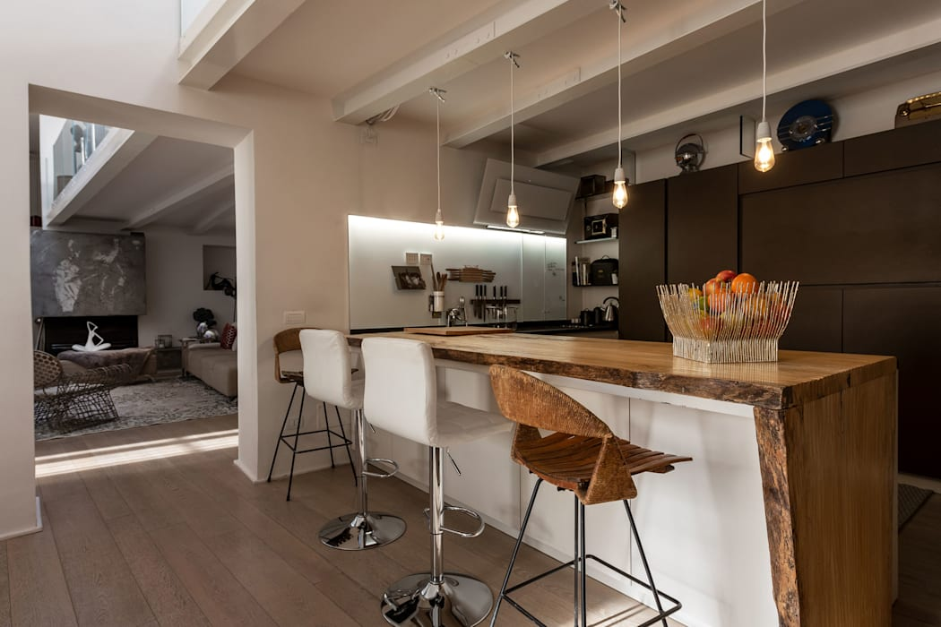 Casa FC GIAN MARCO CANNAVICCI ARCHITETTO Cucina in stile industriale