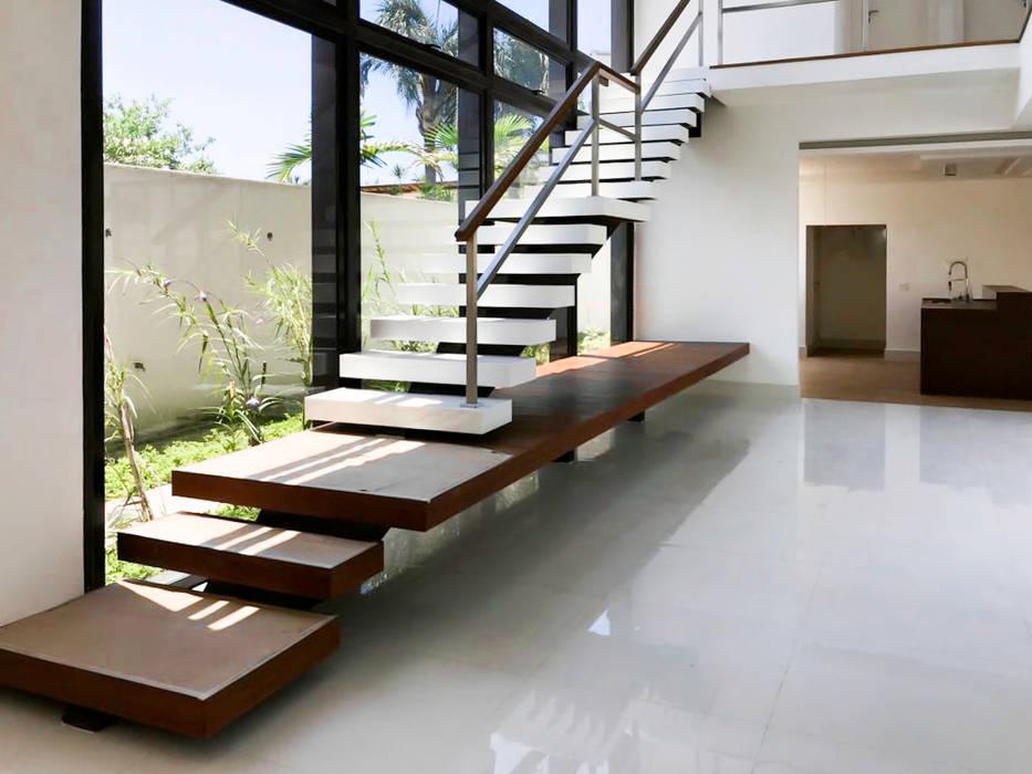 Tangga oleh PGM Arquitetura e Contrução, Modern