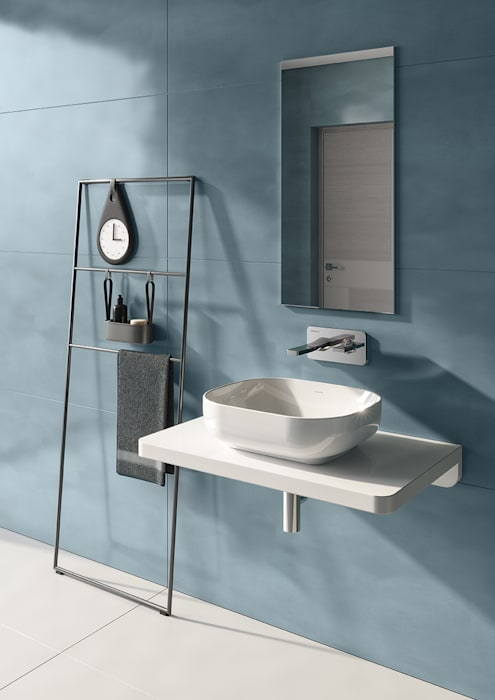 lavatório sanibold sobre bancada por Melissa vilar Moderno