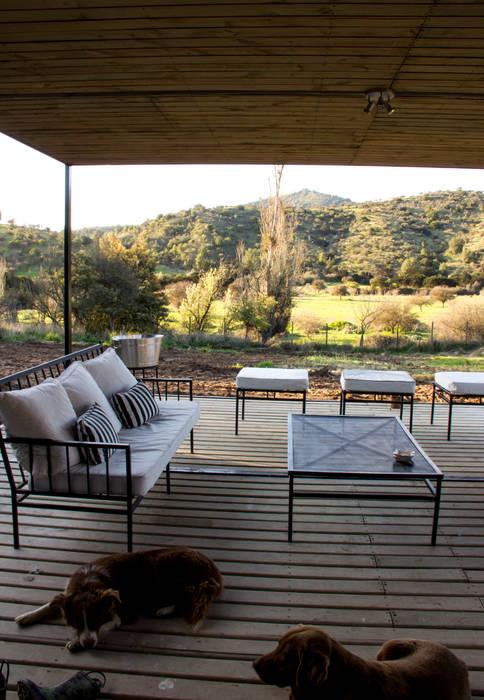 Terraza: Terrazas  de estilo  por INFINISKI, Moderno