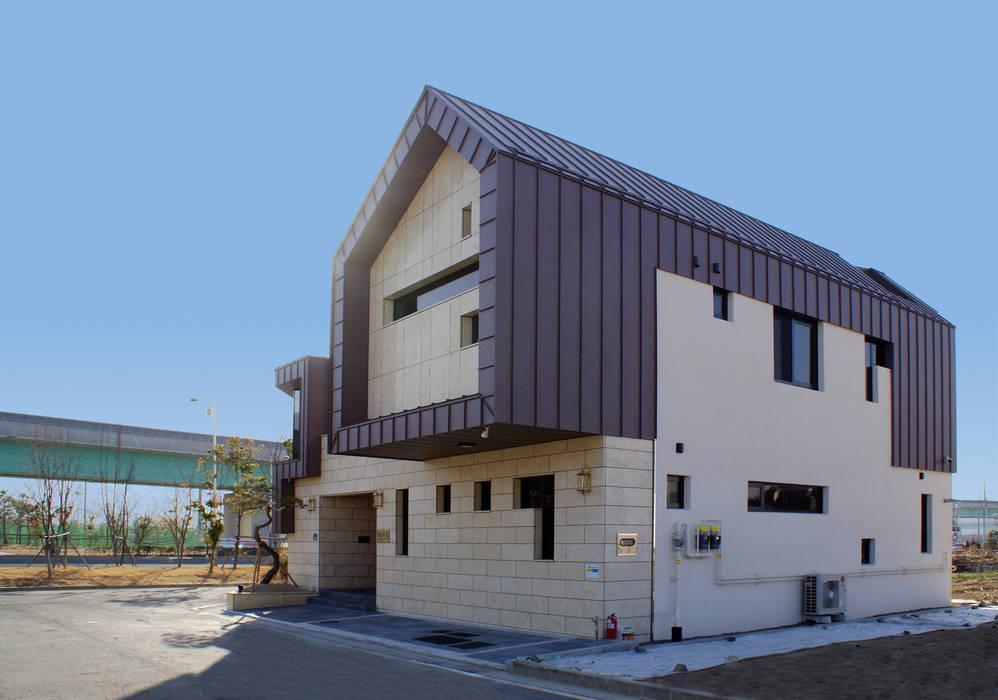 Modern Houses by 성종합건축사사무소 Modern