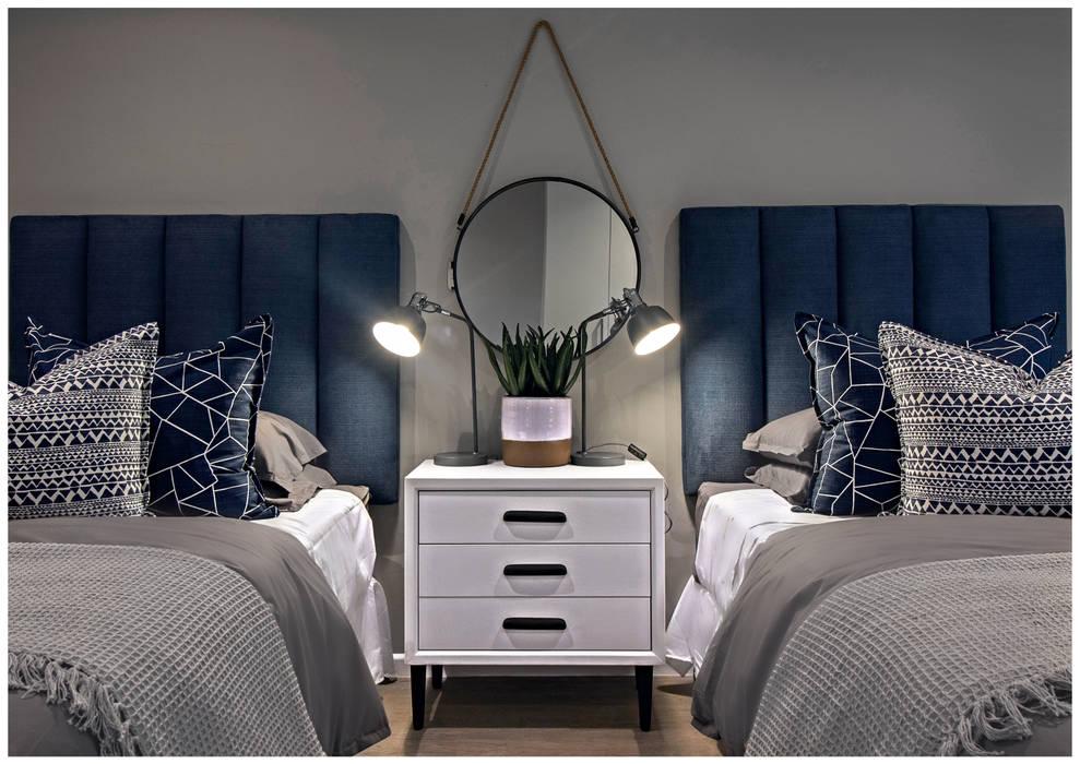 Beach house bedrooms:  Bedroom by Joseph Avnon Interiors
