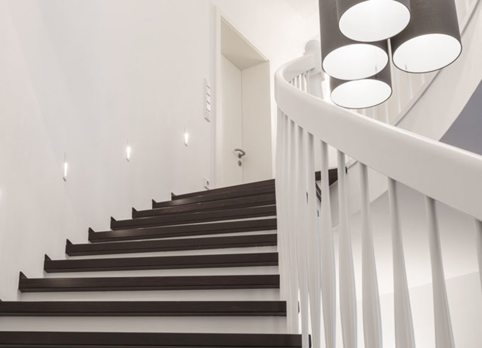 Escaleras de estilo  de zon Eichen - Handwerk und Interior,