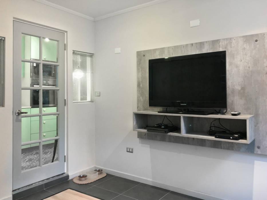 Estar minimalista Livings de estilo minimalista de Estudio Arquitectura y construccion PR/ Arquitectura, Construccion y Diseño de interiores / Santiago, Rancagua y Viña del mar Minimalista