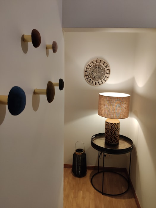 Eclectic style corridor, hallway & stairs by No Place Like Home ® Eclectic
