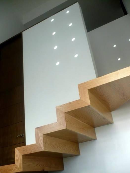 Taller A3 SC Escaleras Madera Acabado en madera