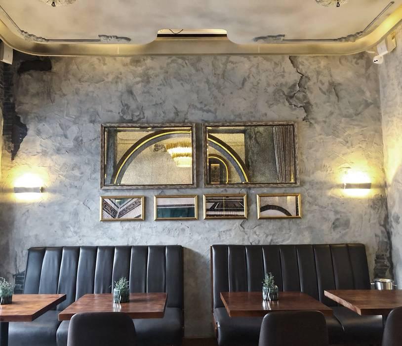 กำแพง โดย On Designlab.ltd, โคโลเนียล