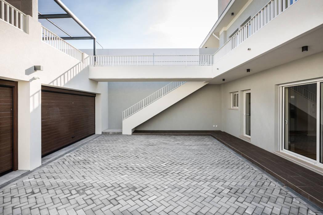 by ShiStudio Interior Design Modern