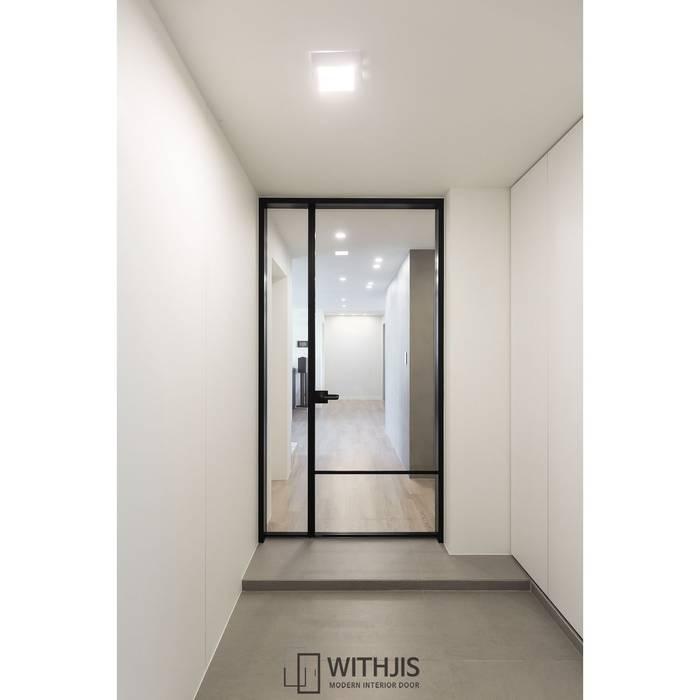 WITHJIS(위드지스) Modern corridor, hallway & stairs Aluminium/Zinc Black