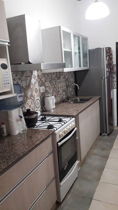 Reforma de cocina: Cocinas de estilo  por A3 arquitectas - Salta