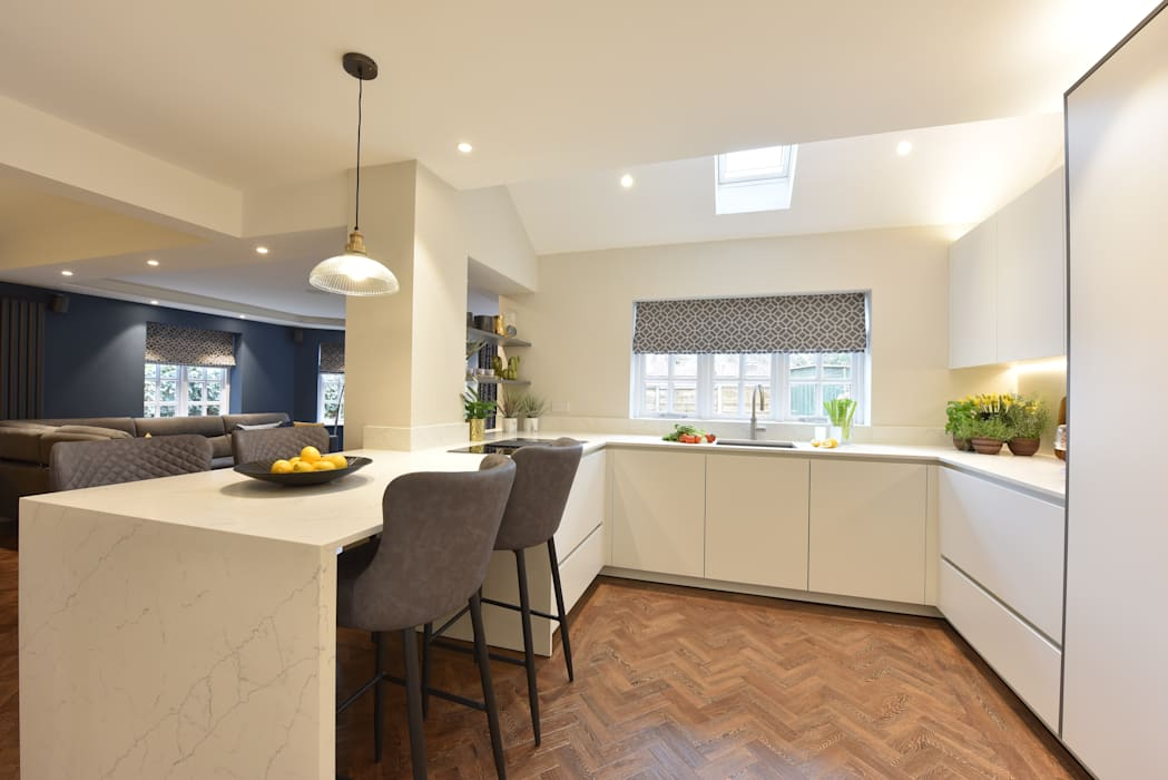 Mr & Mrs Tennant Diane Berry Kitchens Built-in kitchens Marble White
