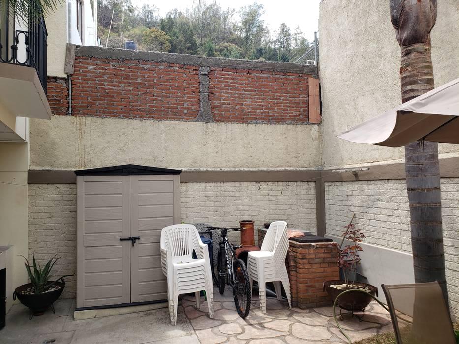 Estado original.: Jardines de piedra de estilo  por Creer y Crear. Arquitectura/Diseño/Construcción